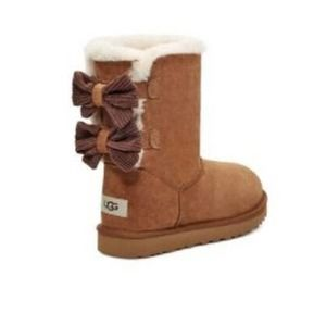 NWT UGG Bailey Corduroy Bow Boots in Chestnut